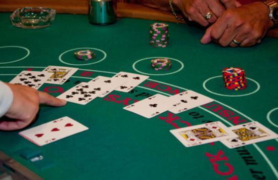 วิธีเล่นบาคาร่าเล่นแบบมืออาชีพจะทำให้คุณสามารถคว้าเงินรางวัลและกินกำไรในเกมไพ่บาคาร่าได้อย่างแน่นอน
